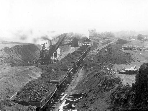 Construccion inicial del Canal de Panama