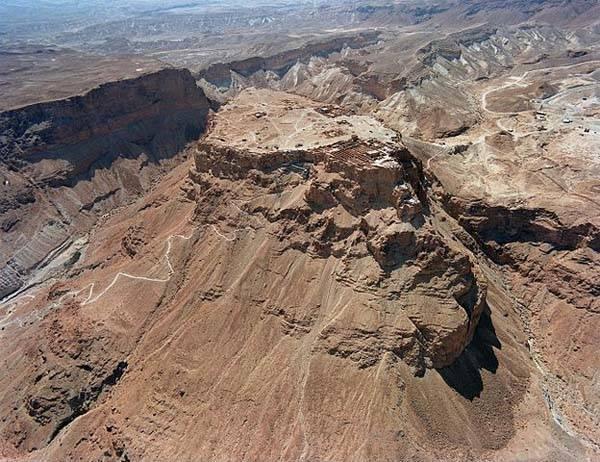 Masada y el Camino de la Serpiente